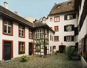 Pharmacy Museum Basel1.jpg